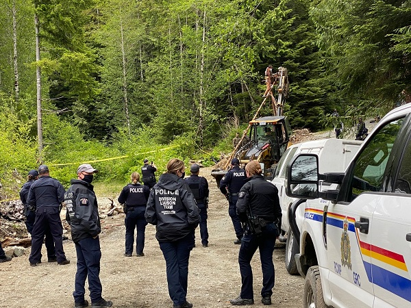 Old-growth activists want fewer police powers at Fairy Creek while the RCMP is asking for more