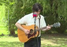 CHEK Upside: Sunday showcase features Victoria singer/songwriter with a vintage sound