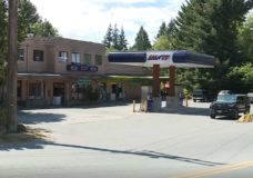 Quadra Island's only gas station temporarily closes for lack of employees