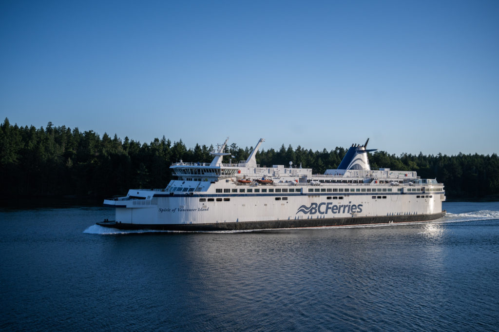 BC Ferries warns of sailing waits, busy conditions as traffic picks up ahead of long weekend