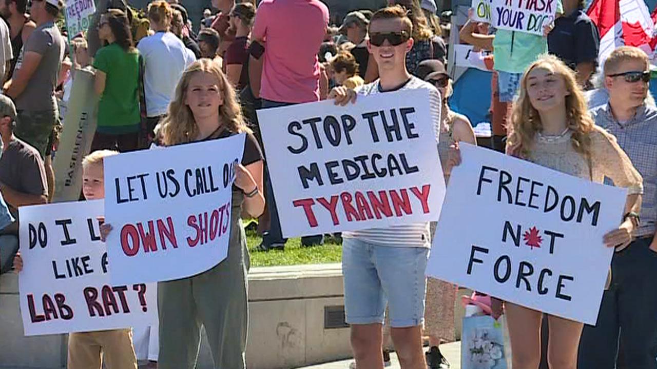 'Freedom' rally protesting lockdowns, vaccine and mask mandates held at B.C. Legislature