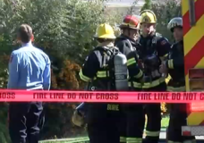 'They're amazing:' Workers run into burning Nanaimo home and save elderly couple