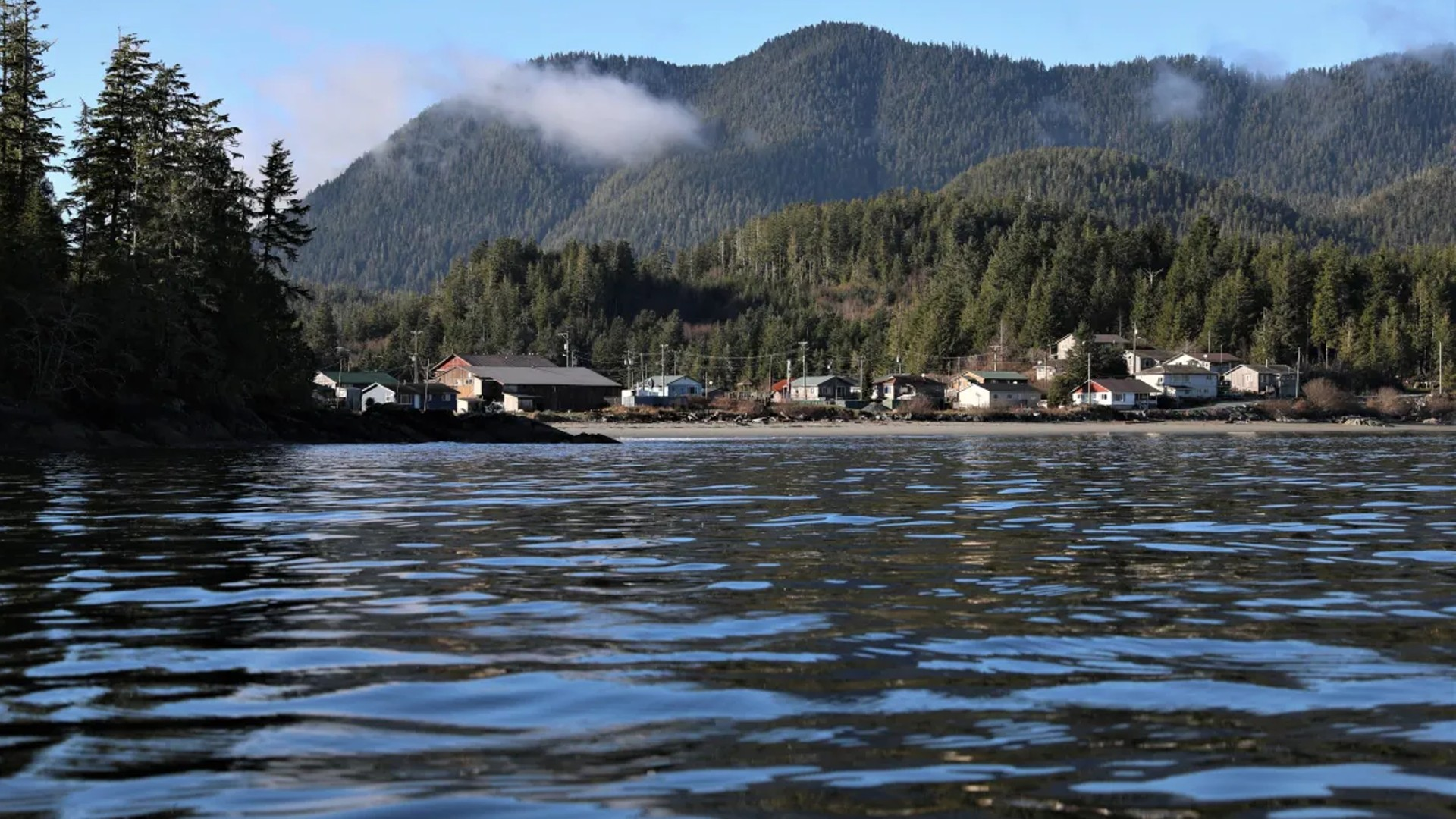 Ahousaht First Nation closes to non-residents, schools remain shut down as COVID-19 cases rise