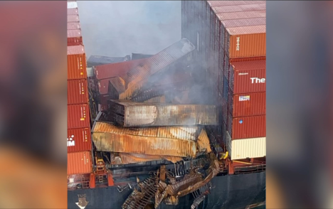 Crews waiting for 'window of opportunity' to recover cargo vessel's lost shipping containers